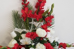 Composition florale rouge et blanche