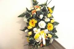 Coussin fleurs jaunes et blanches