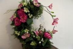 Coupe fleurs avec ange en statuette