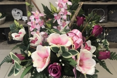 Grande coupe de fleurs roses