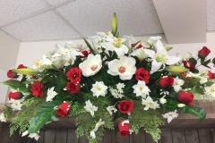 Dessus de cercueil rouge et blanc