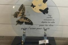 Plaque altu transparente avec papillons