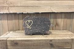 Plaque granit, bronze cœur et bougie